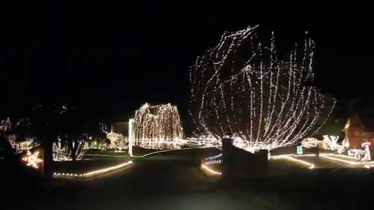 Christmas Lights 2011 @ Arlington, TX - YouTube