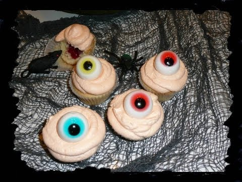 "Halloween-Special 2012 ""Monsteraugen-Cupcakes"""