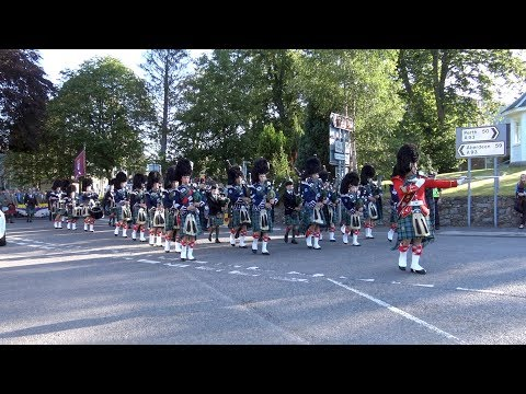 Braemar Gathering 2017 - Royal Highland Society led by Ballater Pipe Band to Highland Games