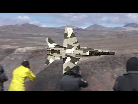 STAR WARS CANYON HORNETS 4K