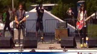[04] The Kills - Tape Song (Lollapalooza 2008)