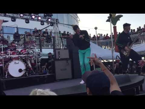 311 Jamaica Cruise 2015 - Omaha Stylee