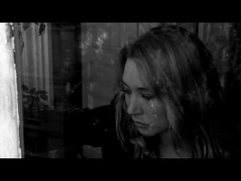 Клип Zambezi - Она