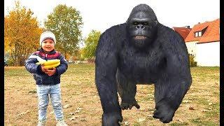 Kids and Monkey Johny Johny Yes Papa song