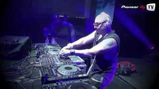 Roger Sanchez /house/ live Evolution Party @ Pioneer DJ TV thumbnail
