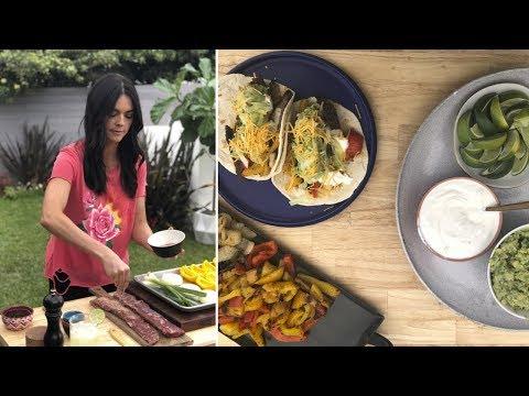 Katie Makes Grilled Skirt Steak Fajitas | Food Network