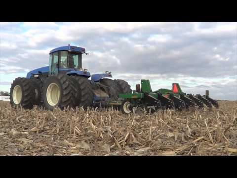 2015 Fall Tillage with a Versatile 500 and 2425 pulling Great Plains Rippers