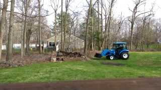 LS tractor XR3037 working