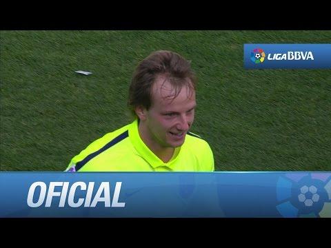 Gol de Rakitic tras un error en el rechazo de Cala (0-1) en el Granada CF - FC Barcelona