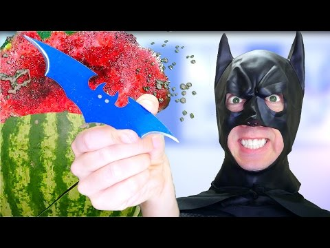 5 Batman Weapons vs Fruit Ninja