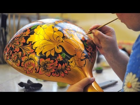 Russian handicrafts: Khokhloma painting