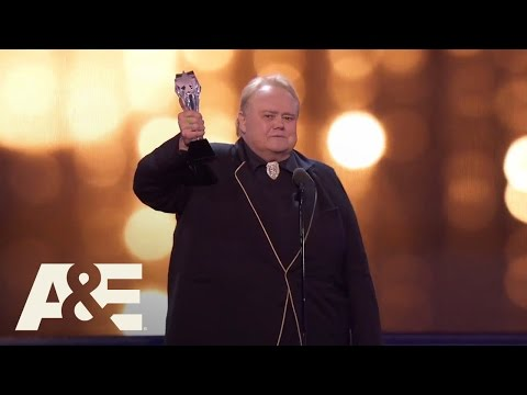 Louie Anderson Wins Best Supporting Actor in a Comedy Series | Critics