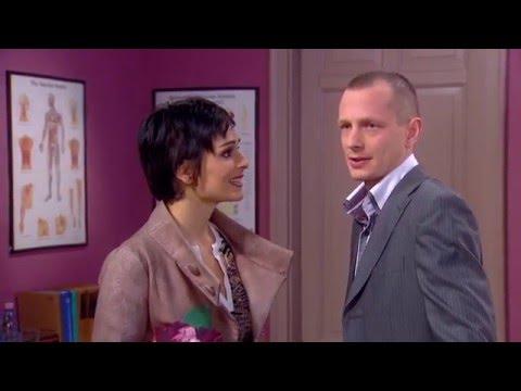 Youtube filmek - Roland kiakad Barbi őrült esküvői ötletein - tv2.hu/jobanrosszban