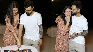 Virat Kohli & Anushka Sharma celebrated her pregnancy with the RCB team in Dubai Ahead IPL2020
