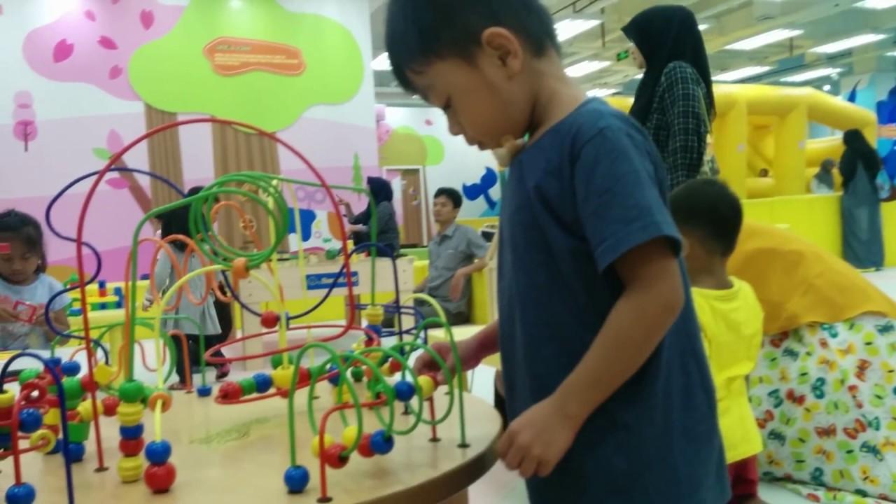Arena Bermain Anak Di Kidzoona Cibinong City Mall Youtube