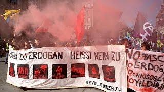 Анкара выразила протест Берну из-за митинга курдов(, 2017-03-26T07:13:20.000Z)