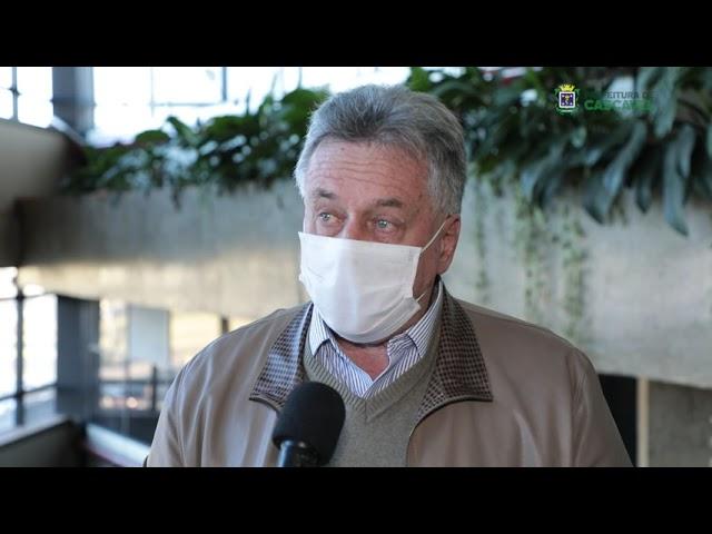 """Dr. Miroslau: """"ninguém tomou nenhuma dose vencida aqui no Município de Cascavel""""."""