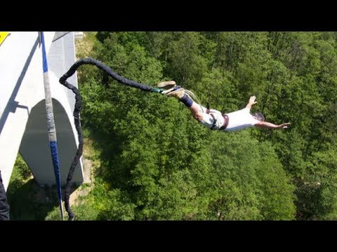 Bungee jumping in the Czech Republic