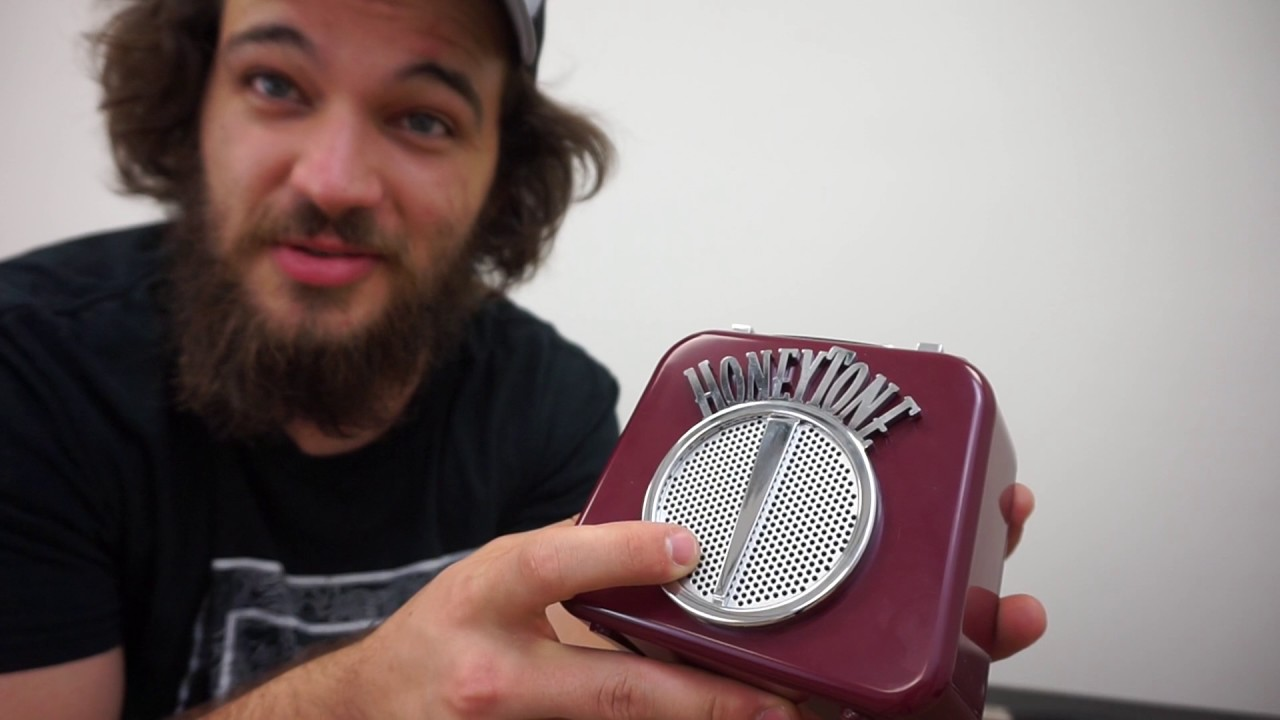 Danelectro N10B Honey Tone Mini Amp in Burgundy
