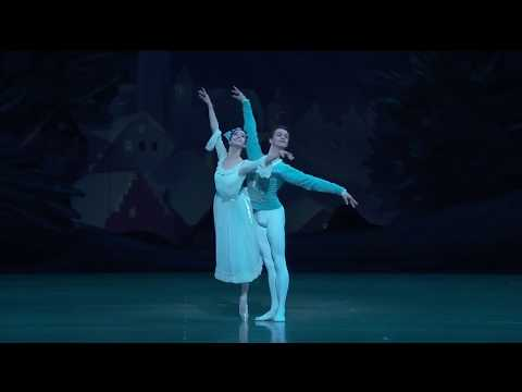 Renata Shakirova and David Zaleyev: Nutcracker Snow Pas de Deux