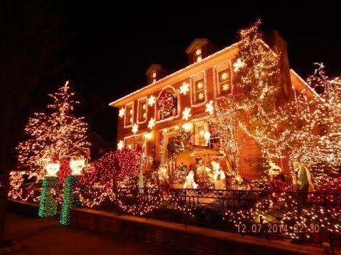 Dyker Heights Brooklyn Christmas Lights.The Original Christmas Lights Tour Of Dyker Heights