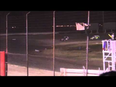 IMCA Modified Main at Lubbock Speedway 7-25-14