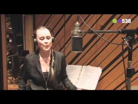 Radio 538: Anouk - Woman (Live Vanuit Fendal Soundstudio's)