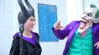 Phim hoạt hình siêu nhân người nhện và nữ hoàng băng giá hóa trang!Siêu nhân cưỡi xe to cứu nữ hoàng