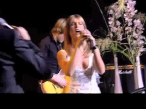 Koit Toome & Maarja-Liis Ilus - Puudutus Live (audio resynched)