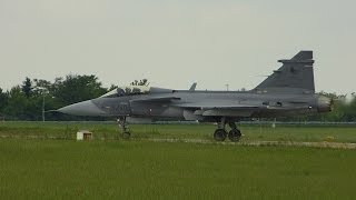 Fighter Saab Jas-39 Gripen - Full Display - Air Show ILA 2014