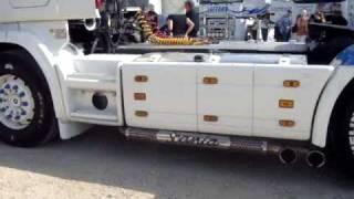 Bruit de camion V8 Scania