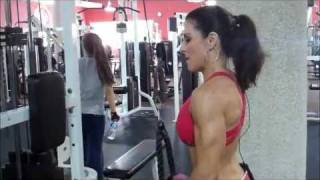 FITNESS - FBB Laura London pushups,  biceps, triceps & ab workout