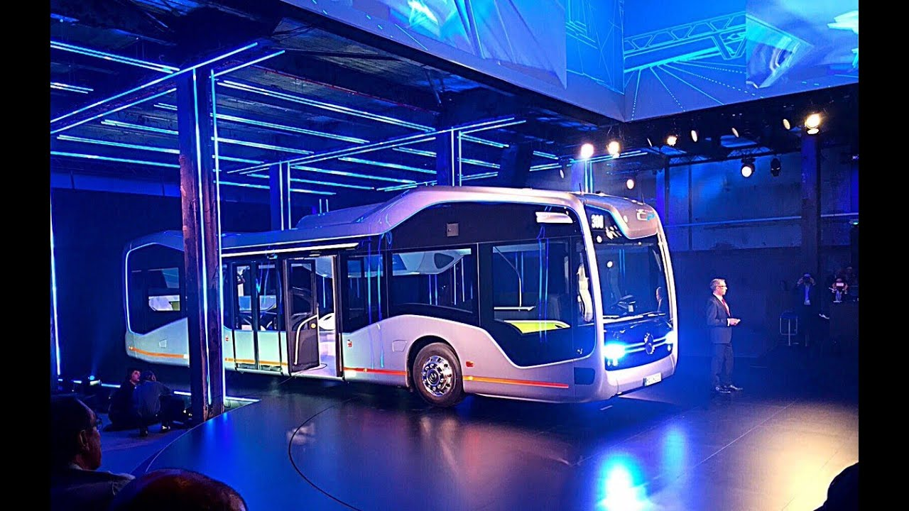 Mercedes benz the future bus with city pilot youtube for Mercedes benz city
