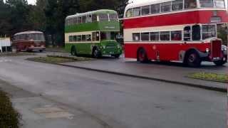 Classic Bus ar y ffordd i Y Bont, Trefechan
