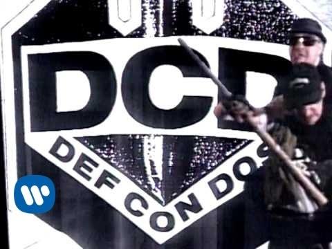 Def con dos - Accion Mutante (video clip)