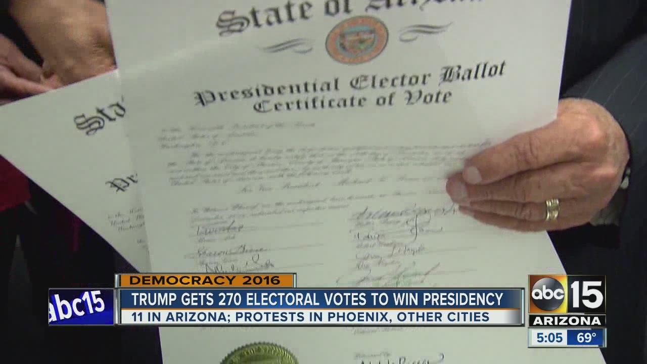 Donald Trump gets 270 votes to become U S  president