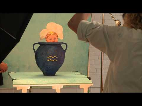Anne Geddes In Action: Shooting The 2016 Calendar