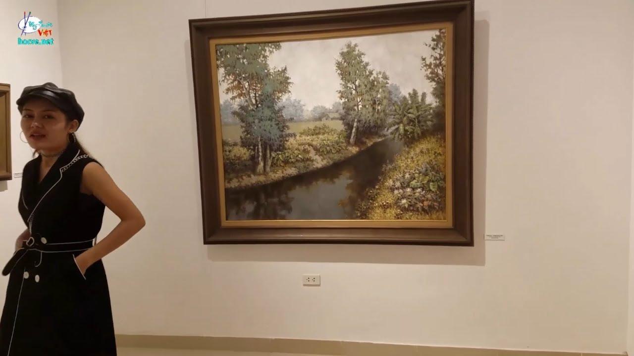 Xem triển lãm tranh nghệ thuật, mức giá khủng tại Hà Nội.