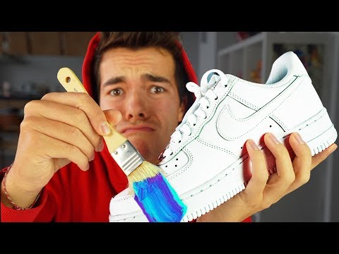 MY FIRST CUSTOM SNEAKERS !! (Giveaway)