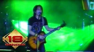 Gambar cover Peterpan - Mungkin Nanti  (Live Konser Medan 4 Mei 2008)
