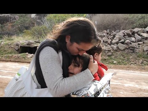 Syrian Refugee - Mother & Daughter - Lesbos Greece