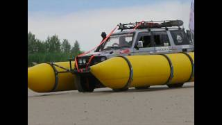 Плавающий джип! land cruiser амфибия катамаран