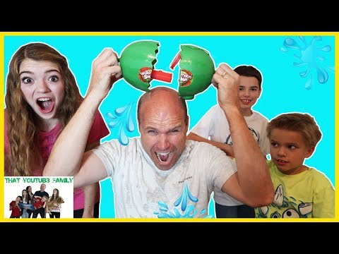 Don't Get Soaked - Watermelon Smash - Family Game Night! / That YouTub3 Family