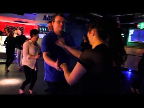 SALSA CLASSES AND DANCING IN BELFAST AT THE BOTANIC INN!