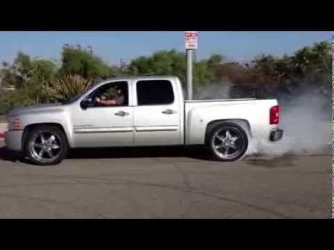 FAST FREDDY NNBS BURNOUT DONUTS - YouTube