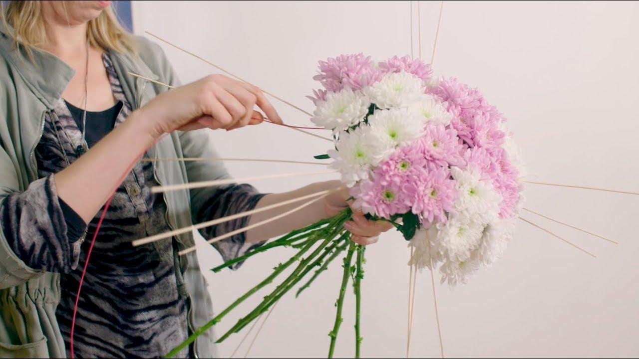 Chrysanthemum Bouquet Ideas Flower Factor Tutorial Powered By Deliflor Chrysanten Youtube
