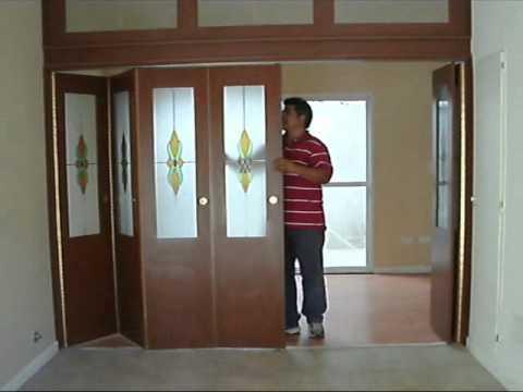 Puertas plegadizas youtube for Puertas dobles de madera