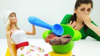 Как УДИВИТЬ Кена? Барби готовит ужин: РОМАНТИЧЕСКОЕ свидание! Игры #Барби на #Мамыидочки