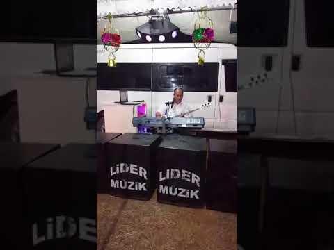 Lider müzik Özcan Biçe  ( AĞLA SEVDİĞİM )