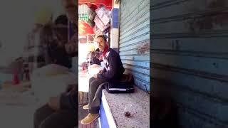 عاجل شاب مغربي يشتم الملك محمد السادس والسلطات